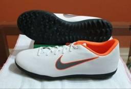 Chuteira Nike Society (grama sintética) - N° 43