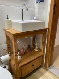 Armarinho de Banheiro