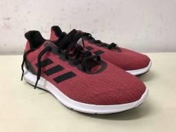 Tênis Adidas ****