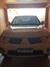 Carro Pajero Dalkar 7 lugares
