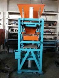 Máquina Pneumática de fazer bloco de cimento mod:P1000