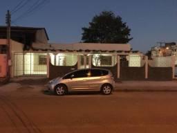 Aluga-se  casa em ótima localização, no Manoel Julião