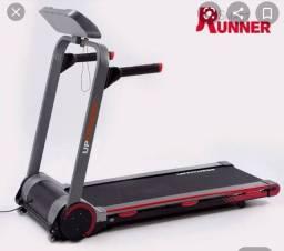 Esteira ergométrica Smart Runner na caixa