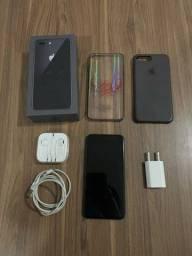 iPhone 8 Plus impecável - parcelo no cartão
