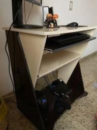 Linda mesa para computador