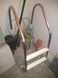 Escada para piscina 1,07 x 0,87 Inox