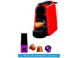 Cafeteira Espresso Nespresso Essenza Mini