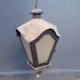Vendo luminárias de interior e exterior e persianas