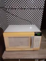 Microondas Electrolux 30 litros 220 volts não tem ferrugem buscar em São Leopoldo