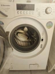 Mawuina de lavar e secar 9kg eletrolux otimo estado