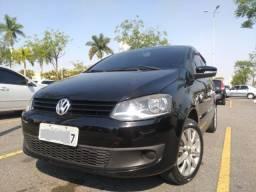 Título do anúncio: Vendo VW Fox 4p Preto 1.0 8v 10/11 Completo!