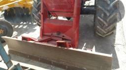Trator massey 290 , ano 91, 4x4 , com lâmina, 3 lavancas