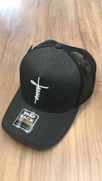 Boné Trucker Jesus De Telinha Aba Curva Unissex -Diversas Cores- 869e631a859