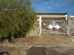 Casa com 3 dormitórios à venda, 300 m² por R$ 420.000 - Jardim Universitário - Marília/SP