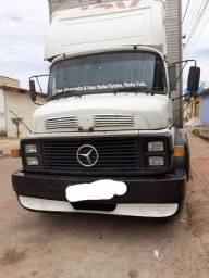 Vendo caminhão baú 1313 ano 72