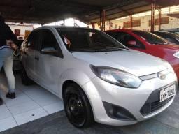 15- Fiesta sedan Impecável multimídia completo