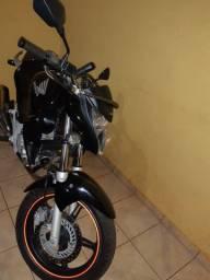 Cb300 preta 2013 apenas venda r$9.500