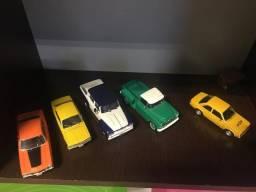 Carrinhos miniaturas