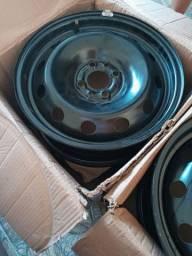 Jogo de jantes de aço aro 15, com carlotas zeradas Fiat Cronos