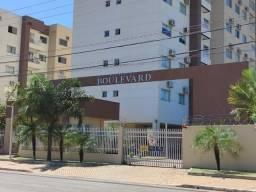 Apartamento com varanda de 3/4 sendo 1 suíte,na 704 Sul