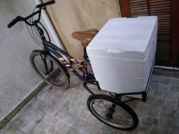 Triciclo pronto pra trabalhar!!1200 reais