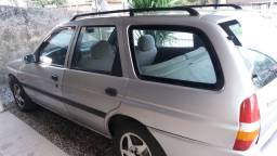 Vendo Ford Escort GL 1.8 16 V Perua
