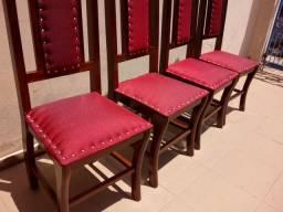 4 cadeiras colonial restaurada com estofados novos sem uso 450