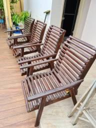 Jogo de cadeiras em madeira (4 peças)