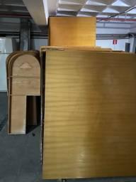 Testeira de madeira para cama