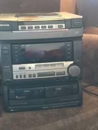 Aparelho de som aiwa p desapego ,  funcionando somente rádio e saída auxiliar