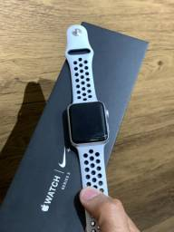 Apple Watch Serie 3 42mm Nike Prata - Até 12x R$159,90 no cartão! 42 mm