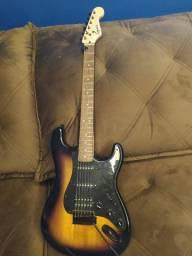 Fender Squier HSS w/ tremolo (Edição Limitada)