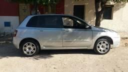 Fiat Stilo ano 2005 1.8 ( 8 válvulas) 9.500