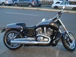 Harley v-road muscle