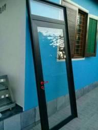 Última unidade porta de alumínio completa 2.50X1 mt vidros 6mm só instalar