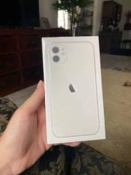 Iphone 11 Branco, 64GB lacrado na caixa