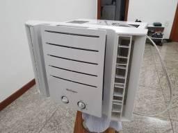 Vendo Ar condicionado Springer 10.000 BTUs - 127V em excelente estado.