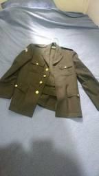 Vendo túnica verde oliva (5º uniforme)