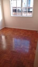 Alugo apartamento em Olaria - 1.100,00