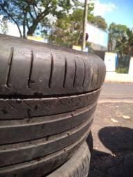 Dois pneus 245/40/18 continental e Pirelli 180.00 os dois