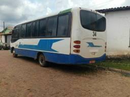Micro ônibus Mercedes