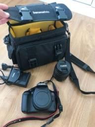 Câmera T6 (Em perfeito estado com acessórios )