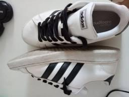 Tênis Adidas couro