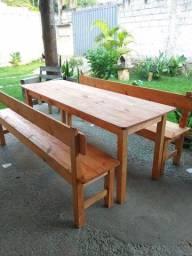 Jogo de mesa c/2 bancos
