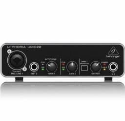 Interface de Áudio Behring Umc22