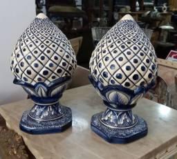 Pinhas colonial perfeitas 30 cm altura  cada R$ 450,00