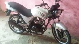 Vendo moto dafra sped 150/2008 partida e pedal.