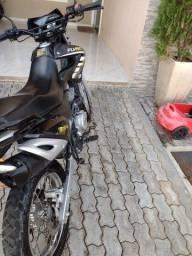 Título do anúncio: Traxx 150 cc com pouco mais de 1 mil km rodados