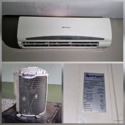 Ar-Condicionado Split Springer 9000 BTUs Quente/Frio 220V Usado