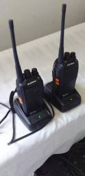 Um par de Rádio Comunicador